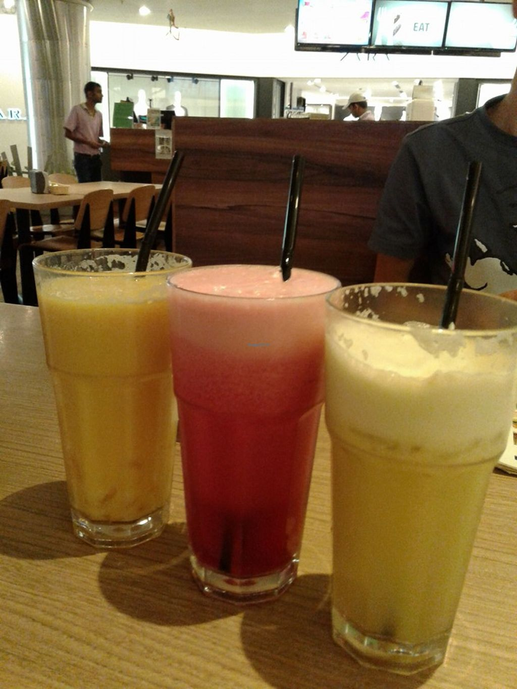 """Photo of Simple Life - Jalan Sultan Ismail  by <a href=""""/members/profile/sfalee"""">sfalee</a> <br/>Juices ~ Mango Pineapple Apple Juice, Beetroot, apple, pineapple, Spinach Juice, Apple, pear, Pineapple Juice <br/> June 21, 2016  - <a href='/contact/abuse/image/44155/155250'>Report</a>"""