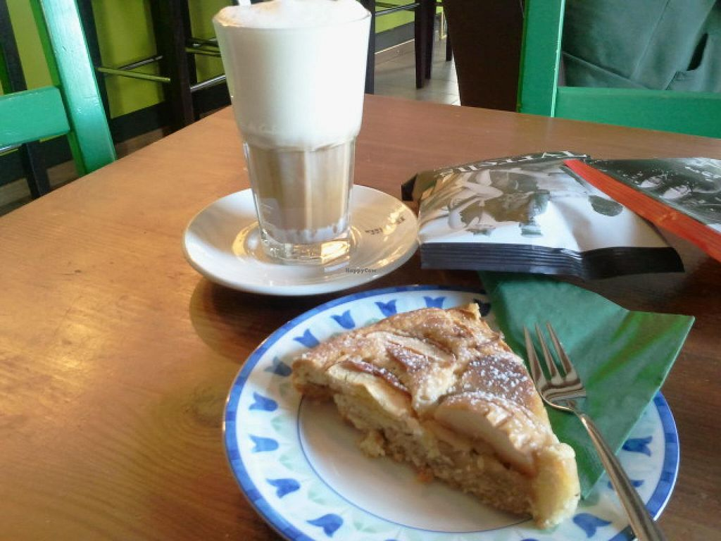 """Photo of Grossstadt  by <a href=""""/members/profile/Pareidolise"""">Pareidolise</a> <br/>delicious vegan cake and vegan soy-latte <br/> March 21, 2015  - <a href='/contact/abuse/image/44224/96372'>Report</a>"""