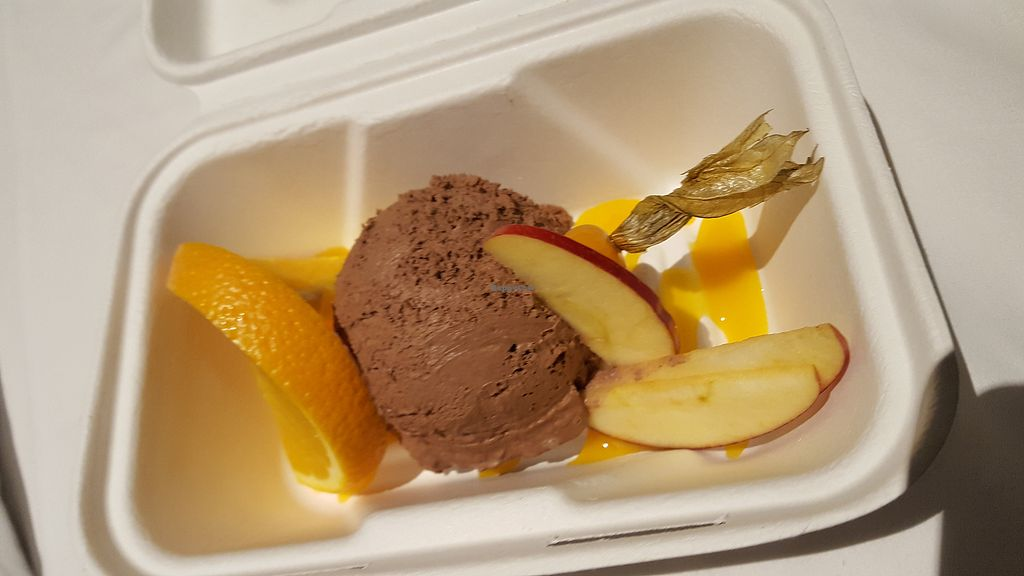 "Photo of Bodhi  by <a href=""/members/profile/Seiashun"">Seiashun</a> <br/>Chocolate mousse with a mango sauce <br/> October 22, 2017  - <a href='/contact/abuse/image/44280/317766'>Report</a>"