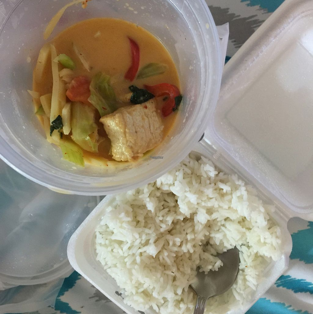 """Photo of Suvi Thai and Sushi  by <a href=""""/members/profile/D.Paz"""">D.Paz</a> <br/>V9 Vegetables Curry <br/> January 11, 2017  - <a href='/contact/abuse/image/44304/210582'>Report</a>"""