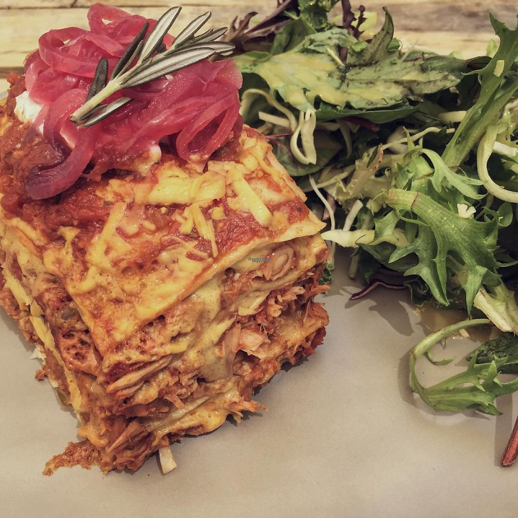 "Photo of The Pearfect Pantry  by <a href=""/members/profile/caitjoy"">caitjoy</a> <br/>Vegan pulled pork (jackfruit) stack <br/> April 10, 2017  - <a href='/contact/abuse/image/44360/246623'>Report</a>"