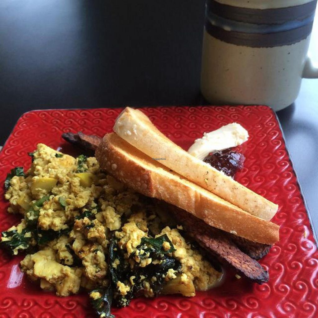 """Photo of Windmill Cafe  by <a href=""""/members/profile/Honeybee3232"""">Honeybee3232</a> <br/>beautiful tofu scramble with tempeh bacon ❤️ <br/> July 18, 2014  - <a href='/contact/abuse/image/44415/74308'>Report</a>"""