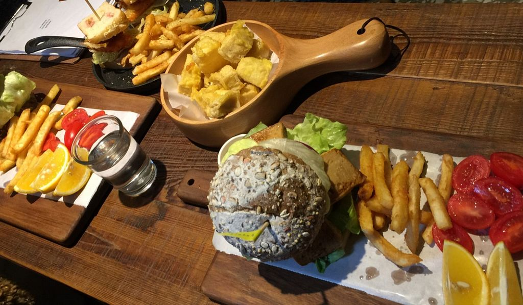 "Photo of CLOSED: About Animals  by <a href=""/members/profile/Mark%20Satquest"">Mark Satquest</a> <br/>Generous Portions!! (all burgers come with fries&fruits) <br/> February 18, 2016  - <a href='/contact/abuse/image/44446/136844'>Report</a>"