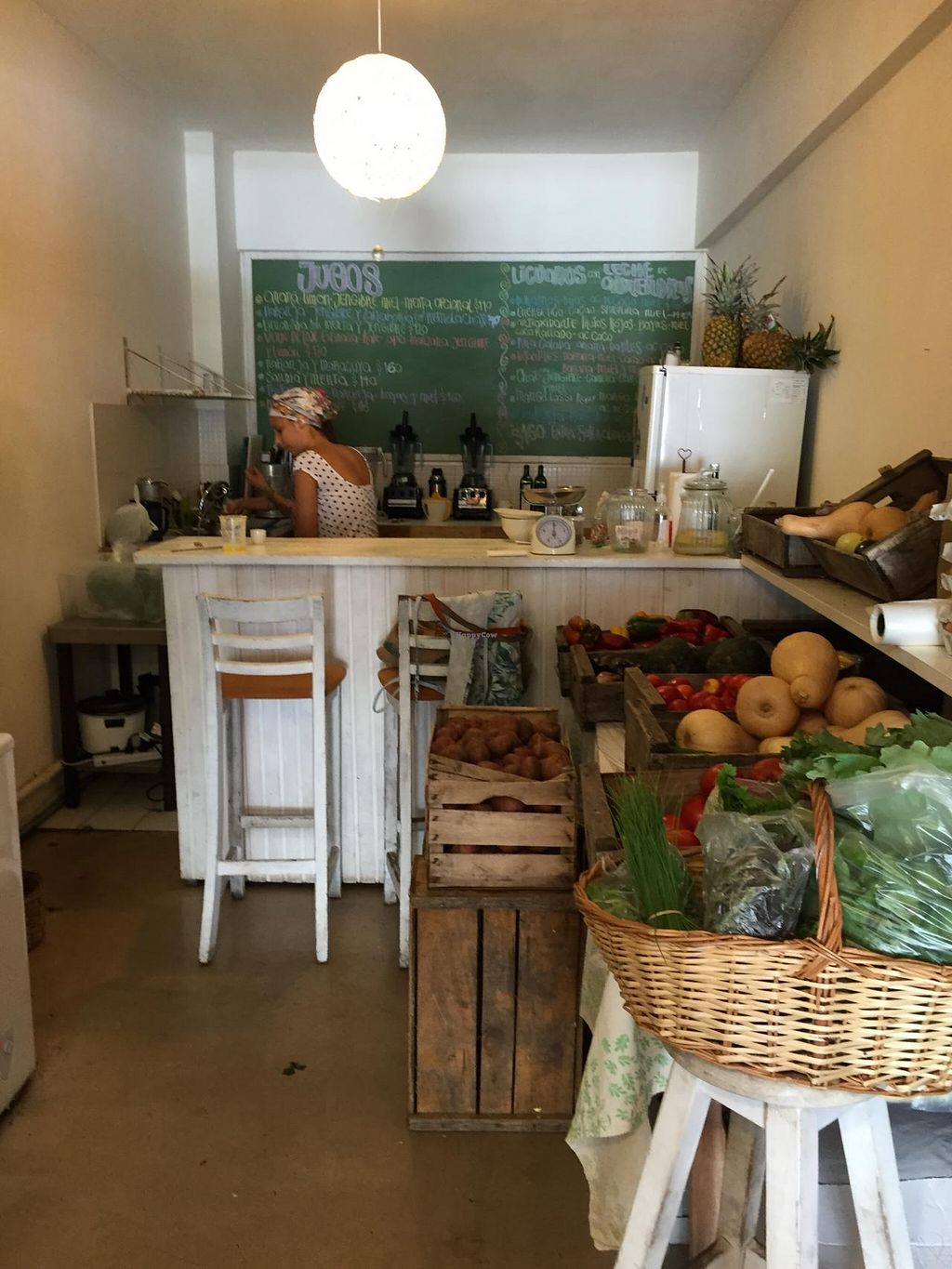 """Photo of Mercado Verde  by <a href=""""/members/profile/cuckooworld"""">cuckooworld</a> <br/>Juice bar and also small vegan pizzas and sandwiches. There is also organic produce available <br/> February 20, 2015  - <a href='/contact/abuse/image/44537/93595'>Report</a>"""