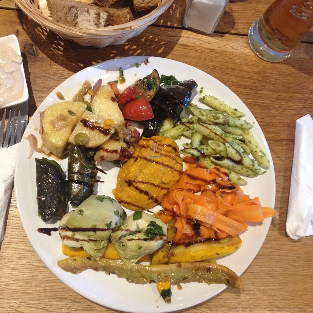 """Photo of Vengo Die Gemusekuche  by <a href=""""/members/profile/VeganGecko"""">VeganGecko</a> <br/>antipasti plate <br/> June 29, 2017  - <a href='/contact/abuse/image/44543/274684'>Report</a>"""
