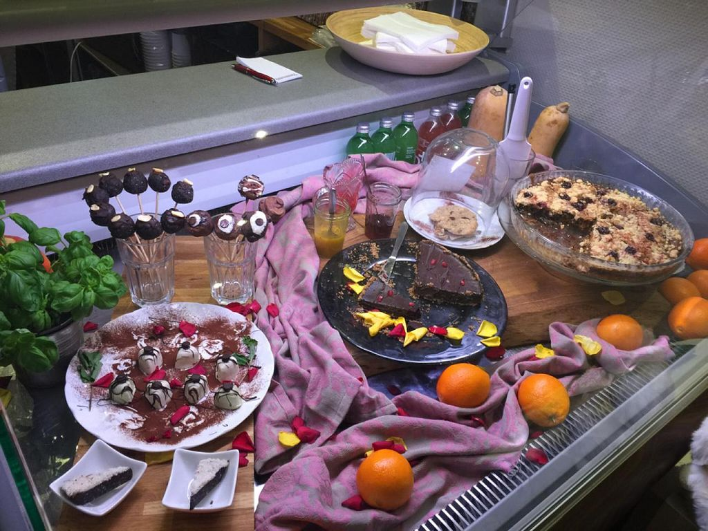 """Photo of Vengo Die Gemusekuche  by <a href=""""/members/profile/bisousb"""">bisousb</a> <br/>vegan desserts on display <br/> January 12, 2015  - <a href='/contact/abuse/image/44543/90205'>Report</a>"""