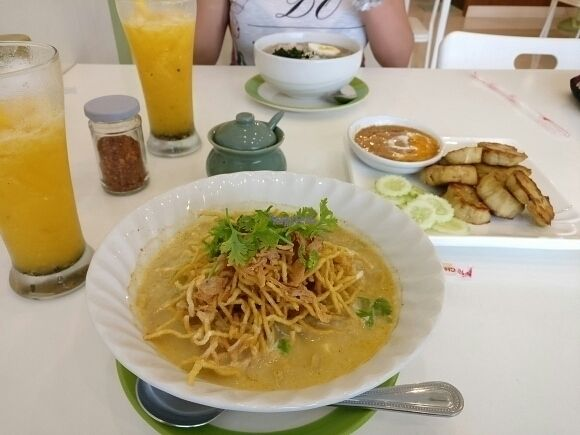 "Photo of Kin-Lum Vegetarian  by <a href=""/members/profile/Morpheusnow"">Morpheusnow</a> <br/>Yummy Khao Soi,  Wakame Soup with Spaghetti and Mushroom Sa-Tay. Passion fruit juice too!  <br/> September 14, 2016  - <a href='/contact/abuse/image/44557/175581'>Report</a>"
