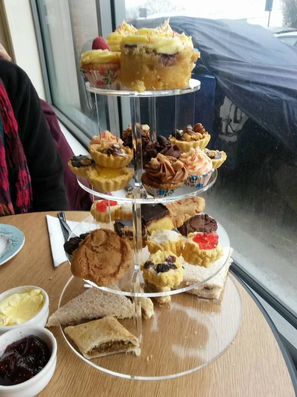 """Photo of Steel City Cakes  by <a href=""""/members/profile/orangensaft"""">orangensaft</a> <br/>Vegan afternoon tea <br/> April 16, 2016  - <a href='/contact/abuse/image/44574/144897'>Report</a>"""