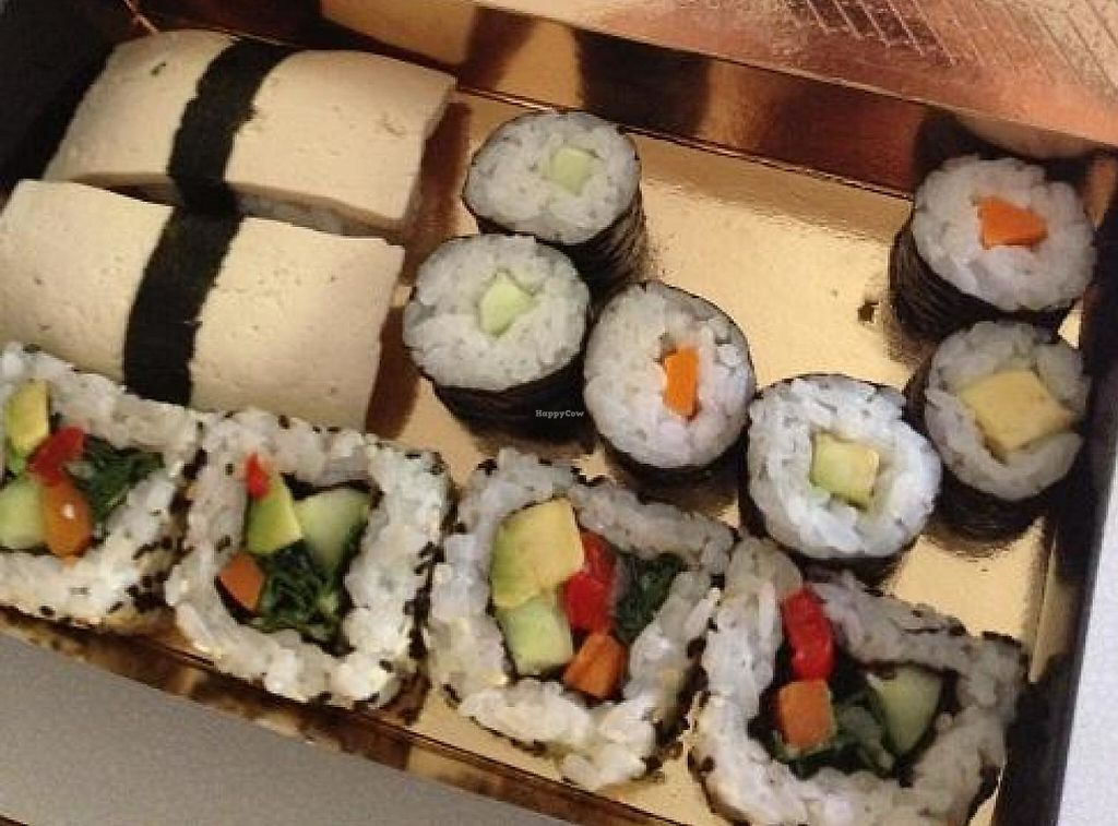 """Photo of CLOSED: Binimoto Sushi  by <a href=""""/members/profile/borovnica"""">borovnica</a> <br/>Bento5 <br/> August 30, 2014  - <a href='/contact/abuse/image/44576/236148'>Report</a>"""