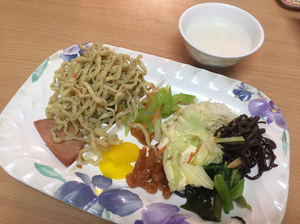 """Photo of Kintsubo Shokudo  by <a href=""""/members/profile/SamanthaIngridHo"""">SamanthaIngridHo</a> <br/>600 Yen All you can eat!  <br/> November 8, 2016  - <a href='/contact/abuse/image/44609/187389'>Report</a>"""