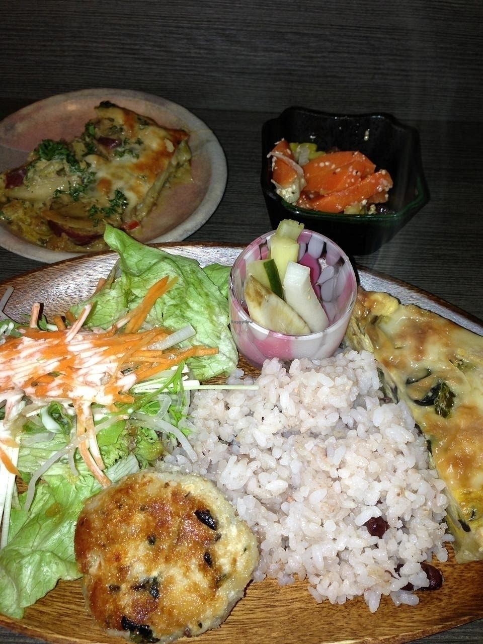 """Photo of Base Island Kitchen  by <a href=""""/members/profile/Vegeiko"""">Vegeiko</a> <br/>Lunch set <br/> January 24, 2014  - <a href='/contact/abuse/image/44611/171898'>Report</a>"""