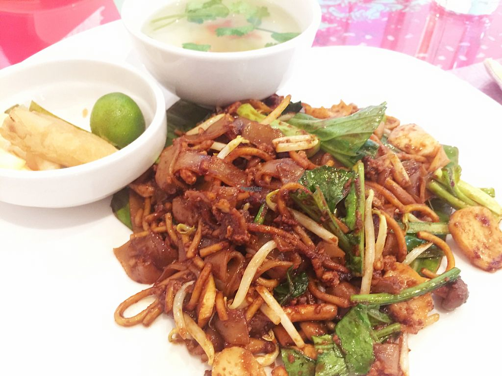 "Photo of Loving Hut  by <a href=""/members/profile/YogiB"">YogiB</a> <br/>Char Kuay Teow (Fried Rice Noodles)  <br/> January 2, 2017  - <a href='/contact/abuse/image/44628/207070'>Report</a>"
