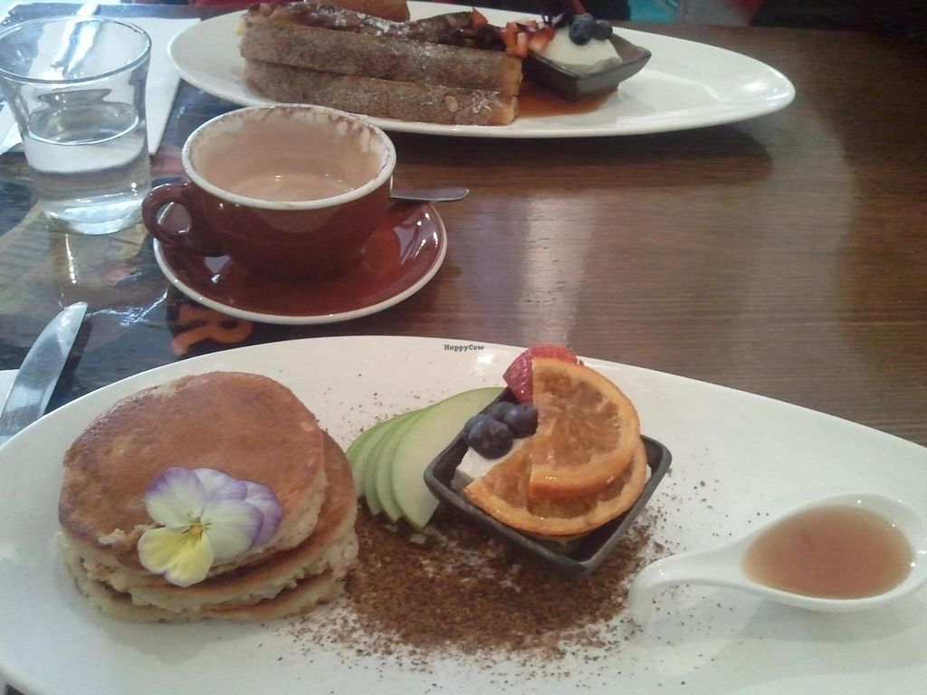 """Photo of Admiral Cheng Ho  by <a href=""""/members/profile/TransmogriBenno"""">TransmogriBenno</a> <br/>Quinoa pancakes (foreground), hot chocolate, french toast <br/> July 12, 2014  - <a href='/contact/abuse/image/44647/73843'>Report</a>"""