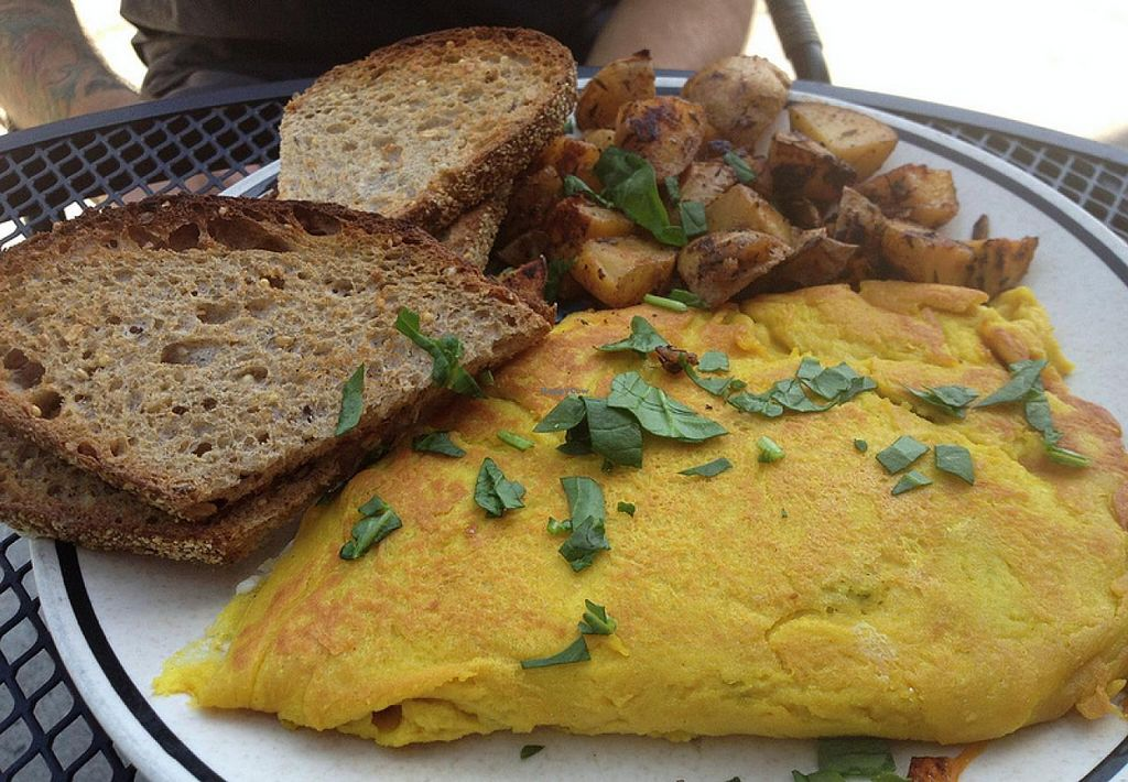 Photo of Riverwest Co-op Cafe  by RamblingVegans <br/>Vegan veggies & cheese omelet at Riverwest Co-Op Cafe <br/> February 27, 2014  - <a href='/contact/abuse/image/4466/64924'>Report</a>
