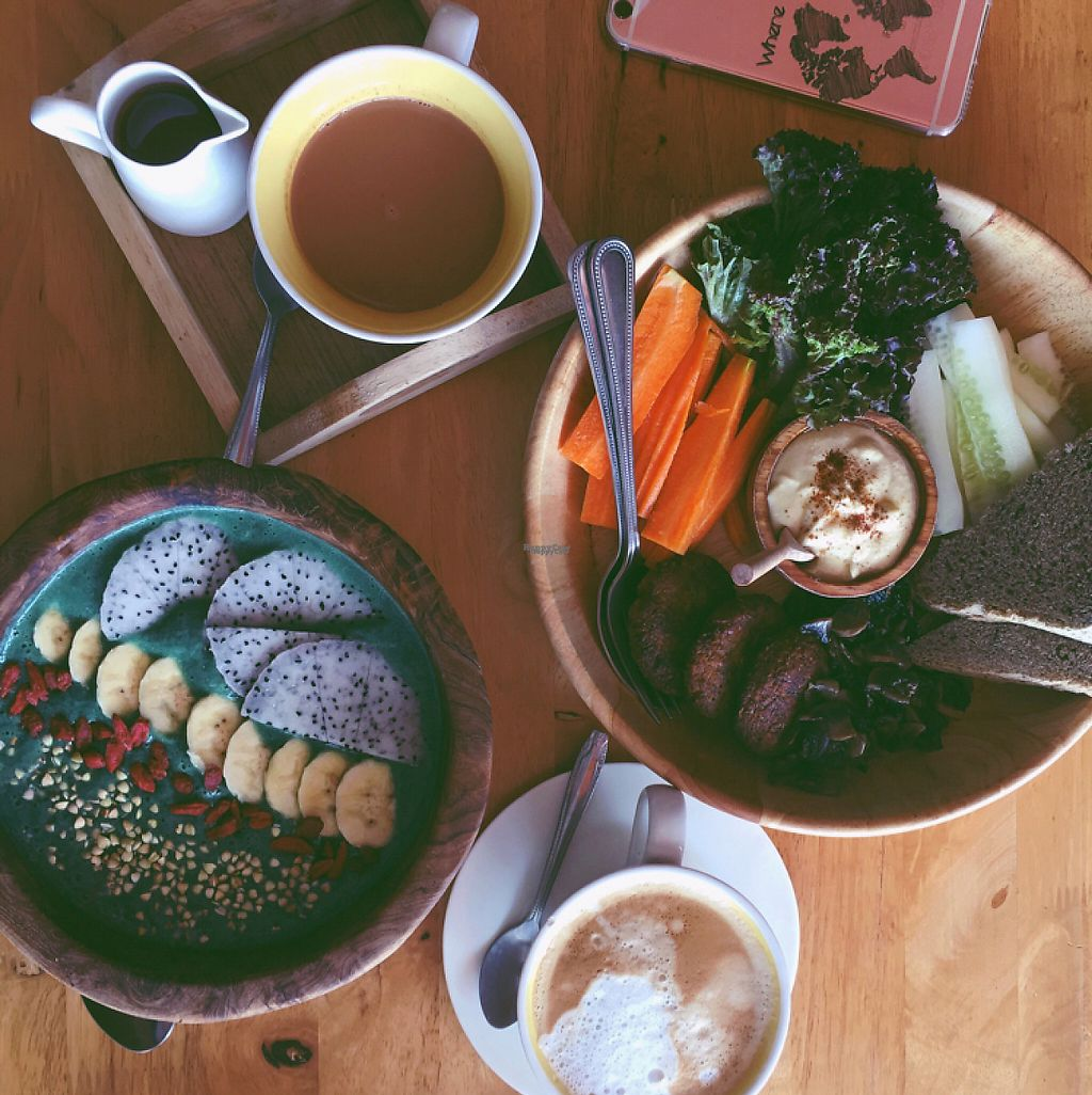 """Photo of Eat Co 2  by <a href=""""/members/profile/ViktoriaWeber"""">ViktoriaWeber</a> <br/>'the green one' smoothie bowl and one of their brunch bowls  <br/> April 30, 2017  - <a href='/contact/abuse/image/44676/253985'>Report</a>"""