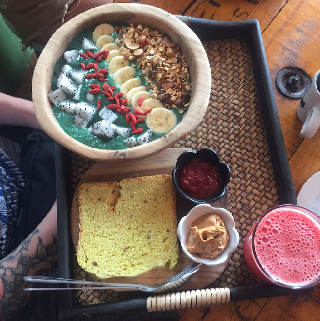 """Photo of Eat Co 2  by <a href=""""/members/profile/Sleepwalking"""">Sleepwalking</a> <br/>The Green One, Breakfast Set <br/> May 13, 2017  - <a href='/contact/abuse/image/44676/258338'>Report</a>"""