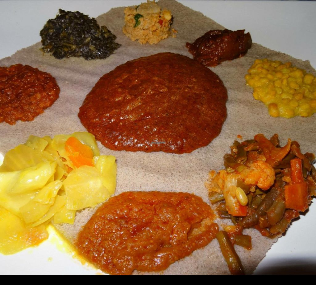 """Photo of DAS Ethiopian  by <a href=""""/members/profile/Adele17"""">Adele17</a> <br/>Vegan sharing platter  <br/> December 19, 2014  - <a href='/contact/abuse/image/44719/88271'>Report</a>"""
