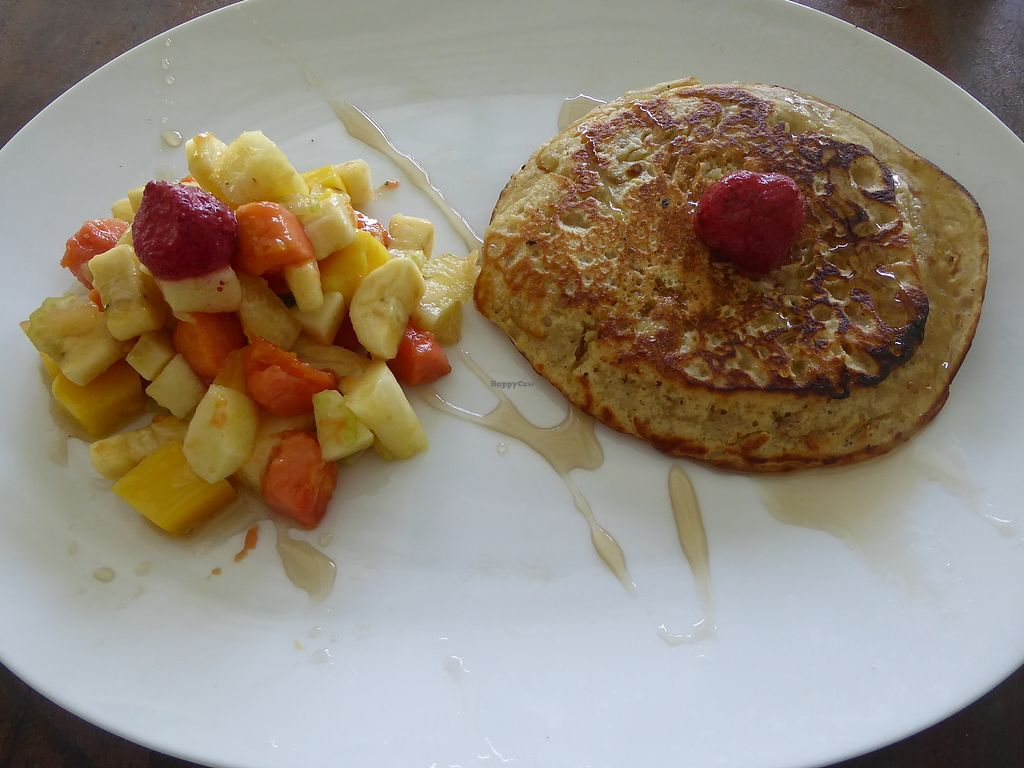 """Photo of Green Gallery  by <a href=""""/members/profile/VeganNatascha"""">VeganNatascha</a> <br/>Pancake mit Obstsalat <br/> February 18, 2018  - <a href='/contact/abuse/image/44811/360765'>Report</a>"""