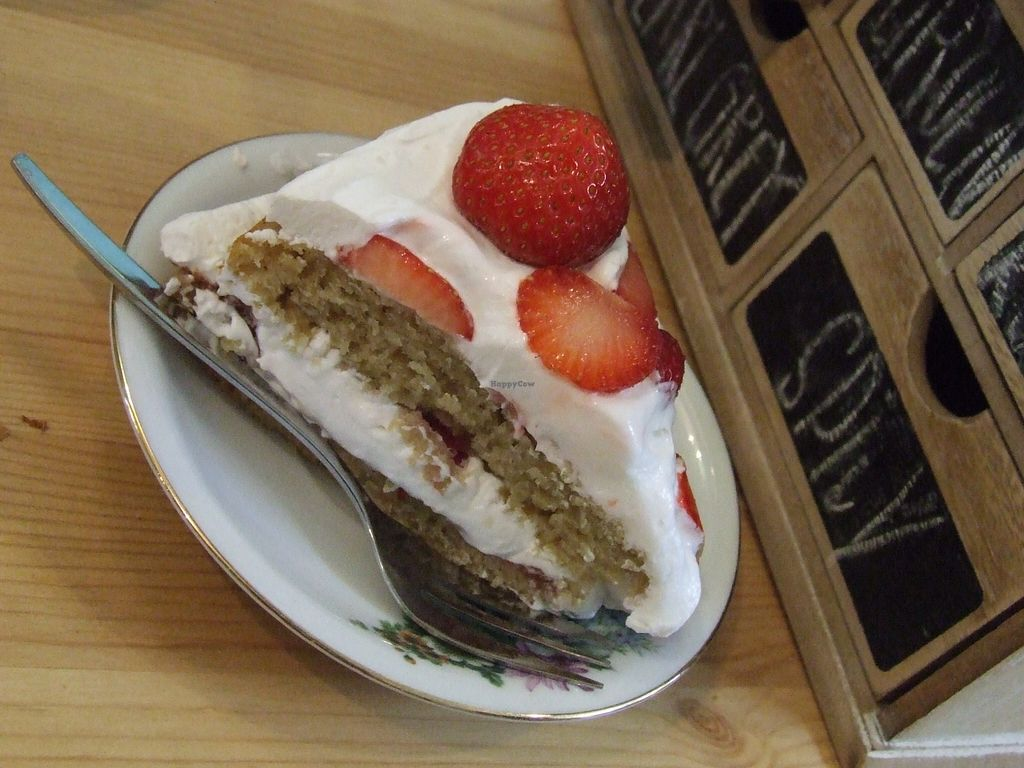 """Photo of CLOSED: Hap  by <a href=""""/members/profile/v_mdj"""">v_mdj</a> <br/>strawberry cake <br/> August 16, 2015  - <a href='/contact/abuse/image/44832/113848'>Report</a>"""