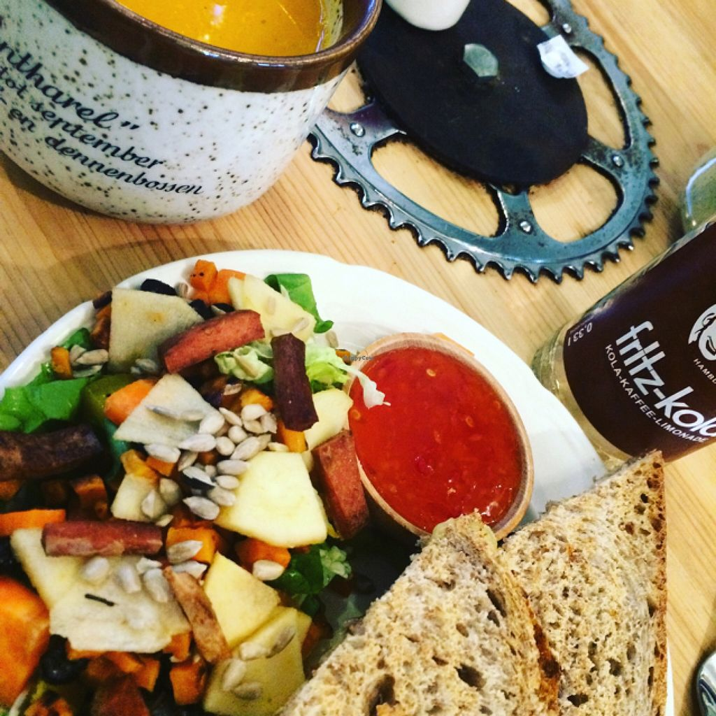 """Photo of CLOSED: Hap  by <a href=""""/members/profile/LoesOfzo"""">LoesOfzo</a> <br/>soup salad and toasted sandwich <br/> December 17, 2015  - <a href='/contact/abuse/image/44832/128810'>Report</a>"""