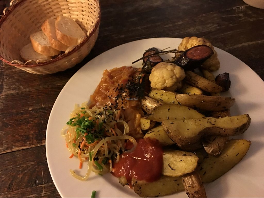 """Photo of El Haso  by <a href=""""/members/profile/marky_mark"""">marky_mark</a> <br/>excellent food <br/> April 20, 2016  - <a href='/contact/abuse/image/44856/145391'>Report</a>"""