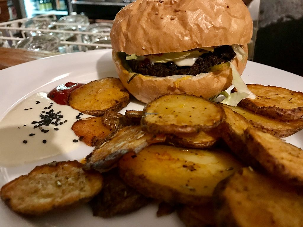 """Photo of El Haso  by <a href=""""/members/profile/TheShadow"""">TheShadow</a> <br/>Burger with fries <br/> April 30, 2018  - <a href='/contact/abuse/image/44856/393216'>Report</a>"""