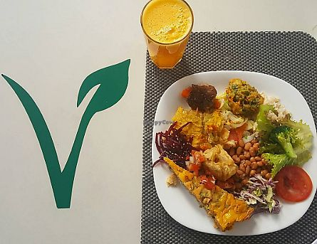 "Photo of Lar Vegetariano Vegan  by <a href=""/members/profile/sarahssoares"">sarahssoares</a> <br/>Vegan lunch <br/> September 14, 2017  - <a href='/contact/abuse/image/44899/304500'>Report</a>"