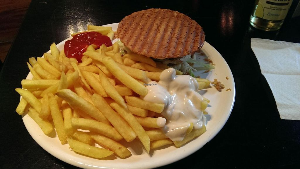 """Photo of CLOSED: Befried  by <a href=""""/members/profile/Tajarim"""">Tajarim</a> <br/>Vishburger with fries. Heavy and awesomely tasting.  <br/> January 16, 2015  - <a href='/contact/abuse/image/44916/90490'>Report</a>"""