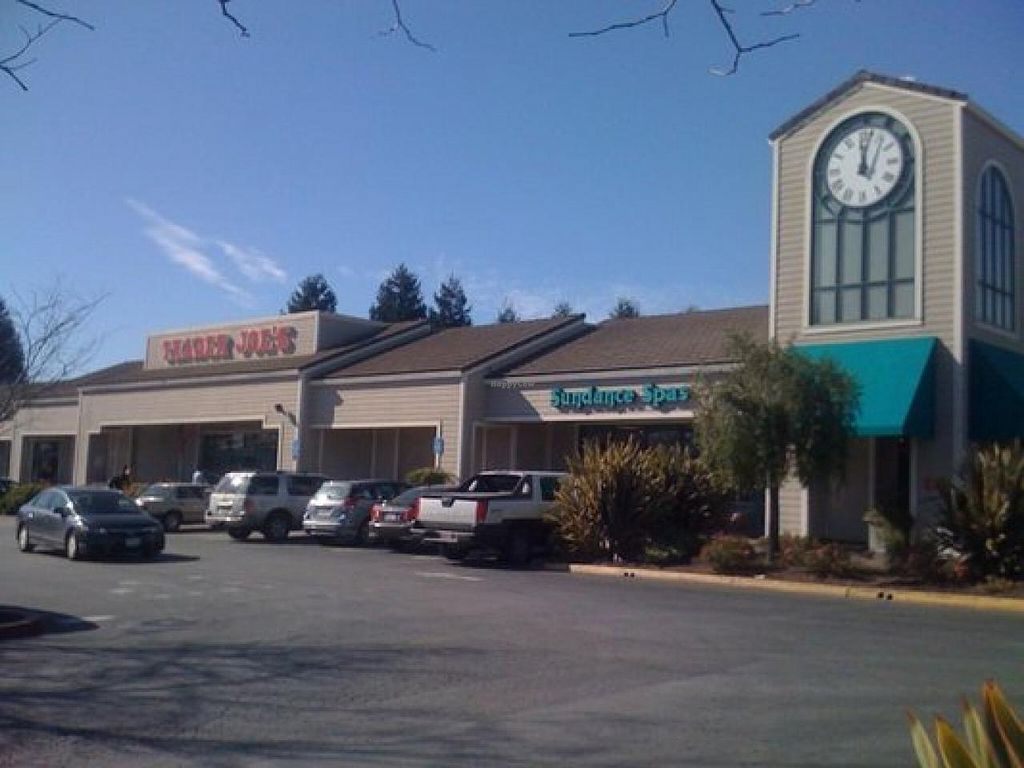 """Photo of Trader Joe's  by <a href=""""/members/profile/H"""">H</a> <br/>outside <br/> January 23, 2014  - <a href='/contact/abuse/image/44917/63020'>Report</a>"""