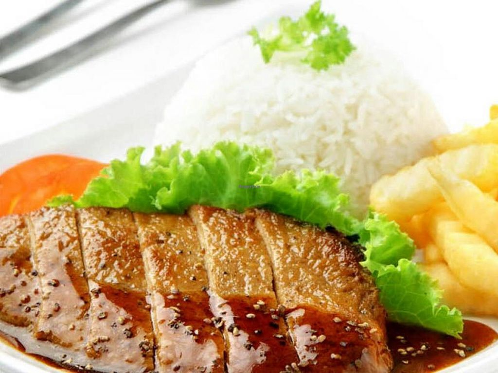 """Photo of Compassion - Ci Yue Vegetarian  by <a href=""""/members/profile/gladys"""">gladys</a> <br/>Vegetarian Black Pepper steak serve with steamed rice and fries <br/> January 30, 2014  - <a href='/contact/abuse/image/44948/63387'>Report</a>"""