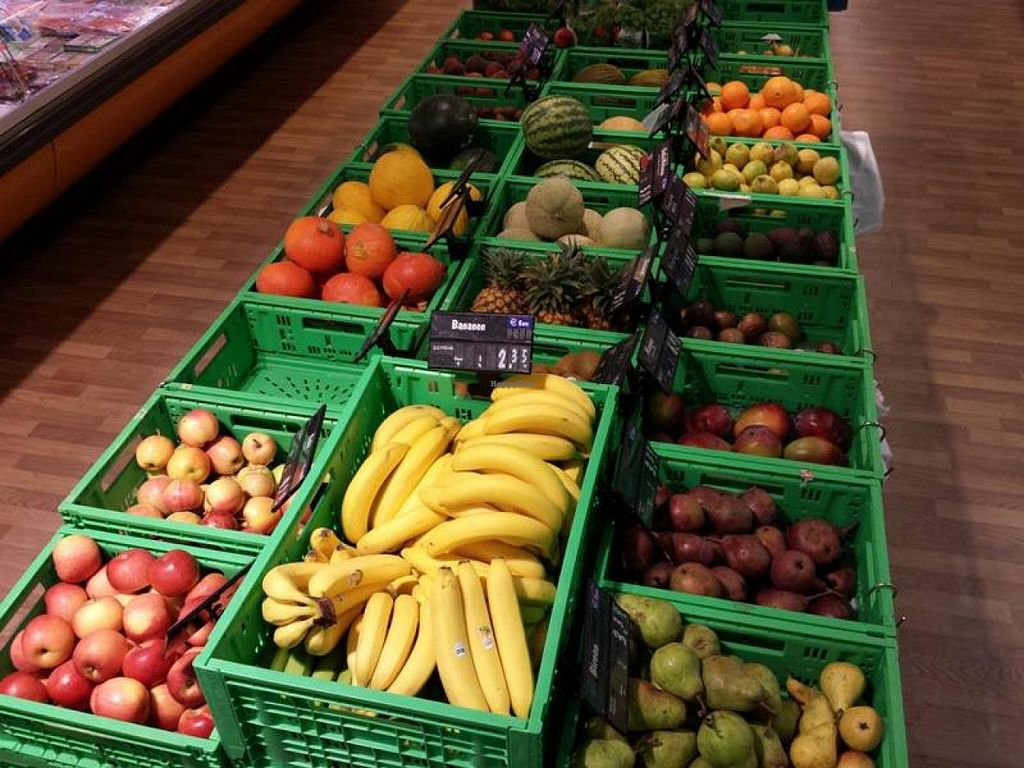 """Photo of Alavita  by <a href=""""/members/profile/community"""">community</a> <br/>Fresh produce <br/> February 11, 2014  - <a href='/contact/abuse/image/44996/64215'>Report</a>"""