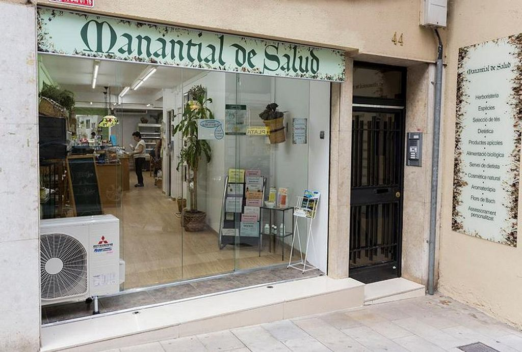 "Photo of Manantial de Salud - Major  by <a href=""/members/profile/community"">community</a> <br/>Manantial de Salud <br/> January 31, 2014  - <a href='/contact/abuse/image/45074/63443'>Report</a>"