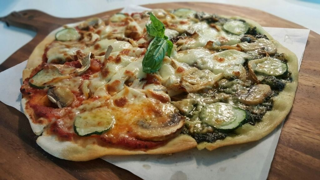 """Photo of Real Food  by <a href=""""/members/profile/JessieLim"""">JessieLim</a> <br/>Pizza <br/> May 10, 2016  - <a href='/contact/abuse/image/45103/148434'>Report</a>"""