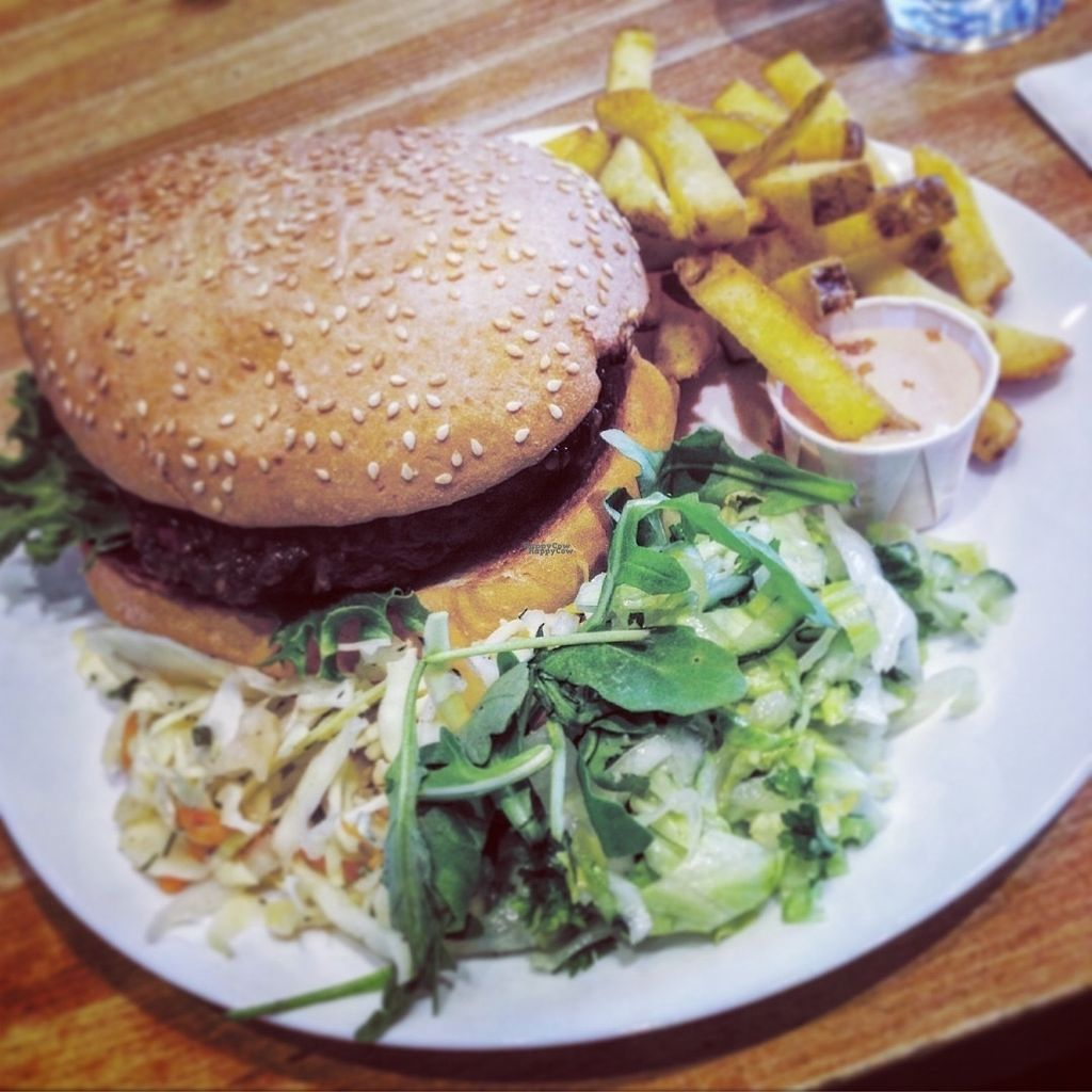 """Photo of Just Vege  by <a href=""""/members/profile/ibelieveinseitan"""">ibelieveinseitan</a> <br/>Burger at the restaurant <br/> September 26, 2016  - <a href='/contact/abuse/image/45338/178049'>Report</a>"""