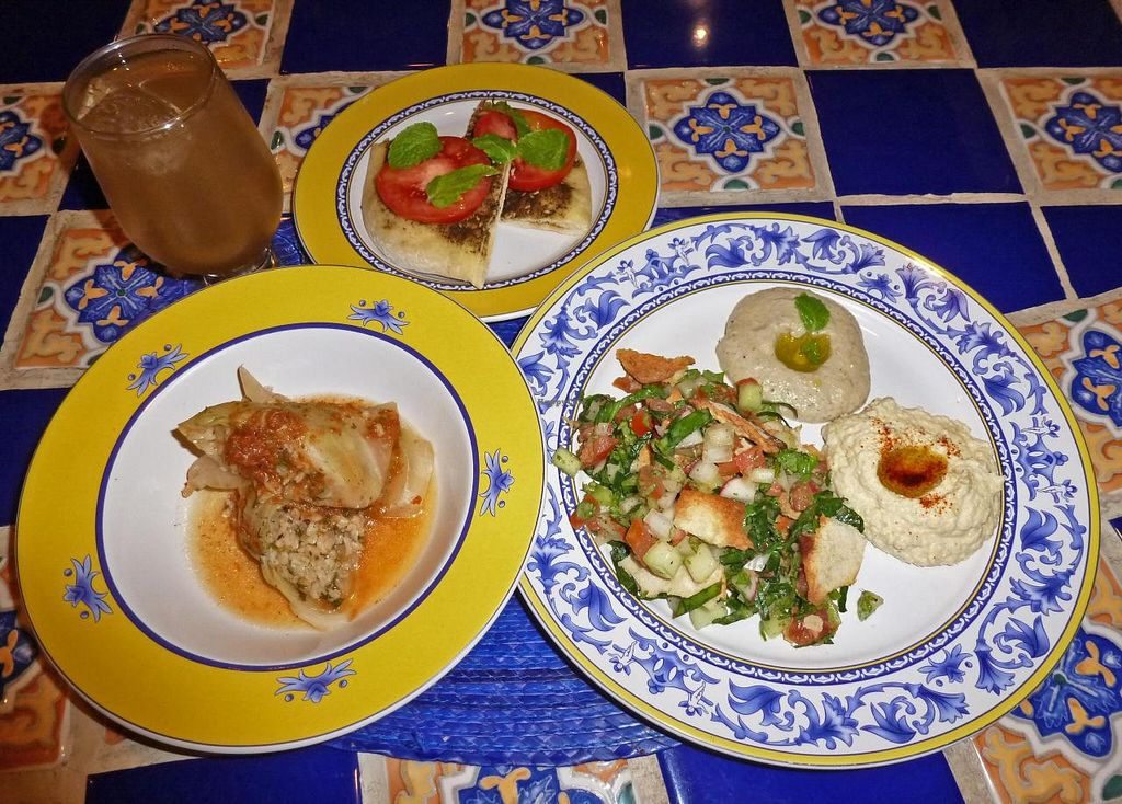 """Photo of Lo Que Hay Cafe  by <a href=""""/members/profile/aguasturquesas"""">aguasturquesas</a> <br/>Lebanese night <br/> September 21, 2014  - <a href='/contact/abuse/image/45431/80582'>Report</a>"""