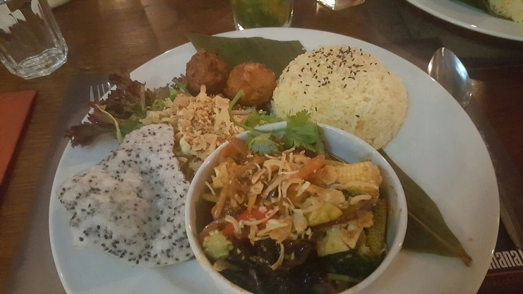 "Photo of Banana Tree - Wardour St  by <a href=""/members/profile/Clare"">Clare</a> <br/>combo with ginger chilli and basil veg and tofu <br/> December 10, 2016  - <a href='/contact/abuse/image/45558/198793'>Report</a>"