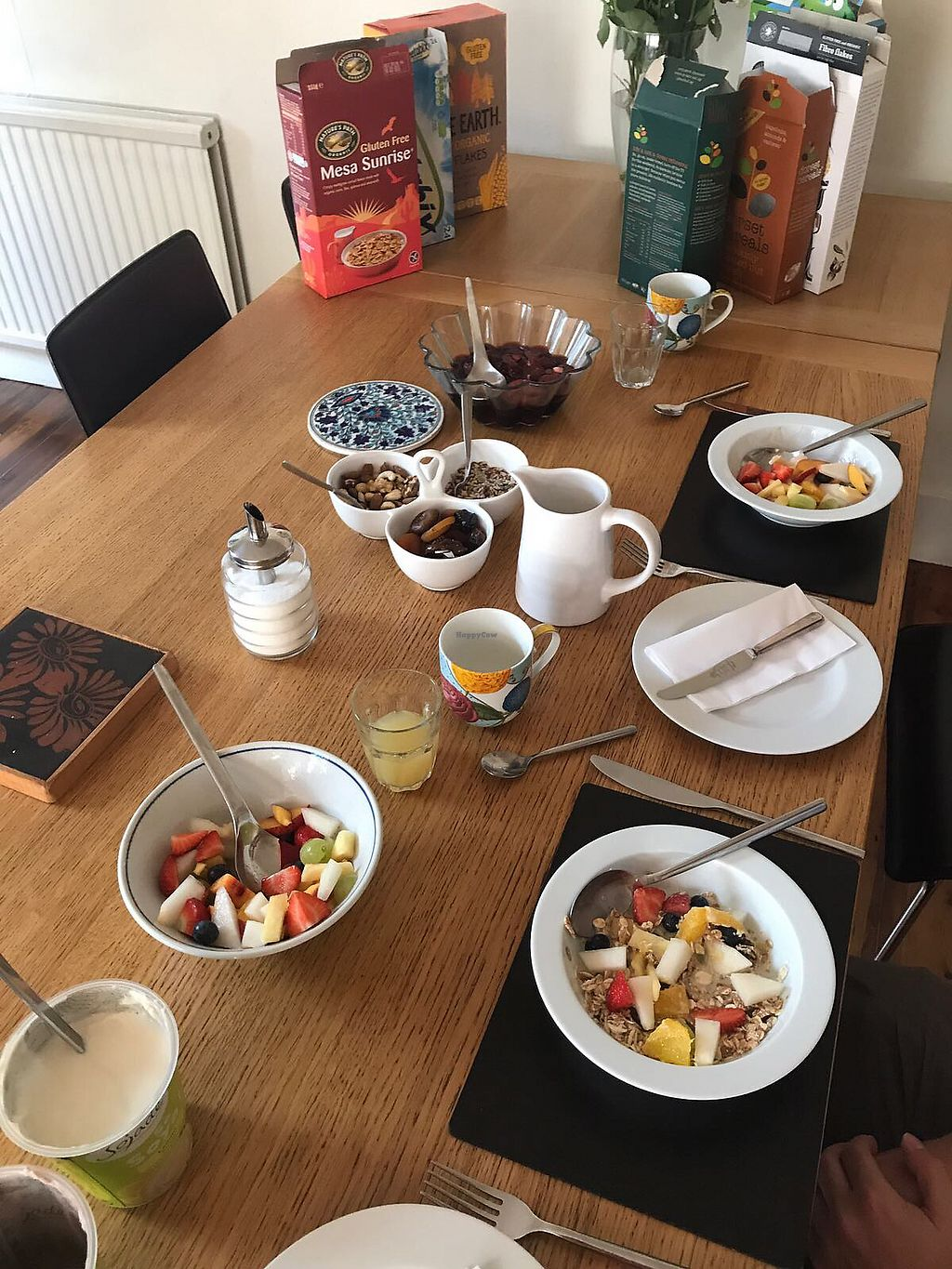 "Photo of Brighton Vegetarian Bed and Breakfast  by <a href=""/members/profile/papryczka"">papryczka</a> <br/>That's how the breakfast begins. Then comes vegetarian or vegan version of full English breakfast, plenty of tea and toasts... Amazing!  <br/> September 14, 2017  - <a href='/contact/abuse/image/45665/304394'>Report</a>"