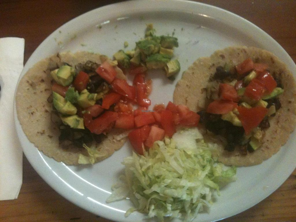 """Photo of Pearl's Restaurant  by <a href=""""/members/profile/vegan70"""">vegan70</a> <br/>These are the tacos that were created for me on the spot even though they were not on the menu.  Sorry I messed up the plate by loading the tomato and avocado on the tacos before taking the photo.  It was actually very nicely presented! <br/> May 2, 2014  - <a href='/contact/abuse/image/45714/69138'>Report</a>"""