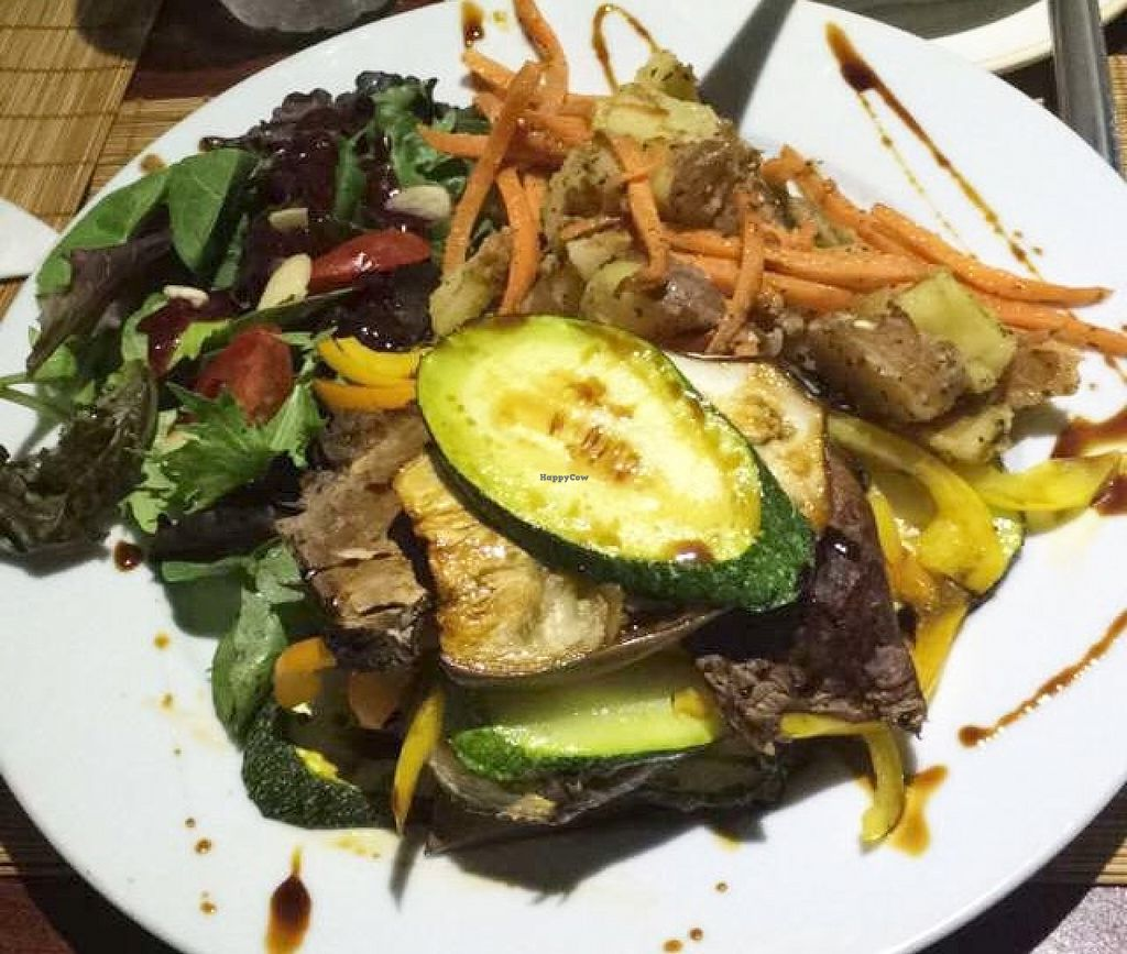"""Photo of Ocean Park Cafe  by <a href=""""/members/profile/DiegoFalc%C3%B3n"""">DiegoFalcón</a> <br/>Oven Roasted Napoleon with Carrots and Potatoes <br/> June 13, 2016  - <a href='/contact/abuse/image/45729/153716'>Report</a>"""