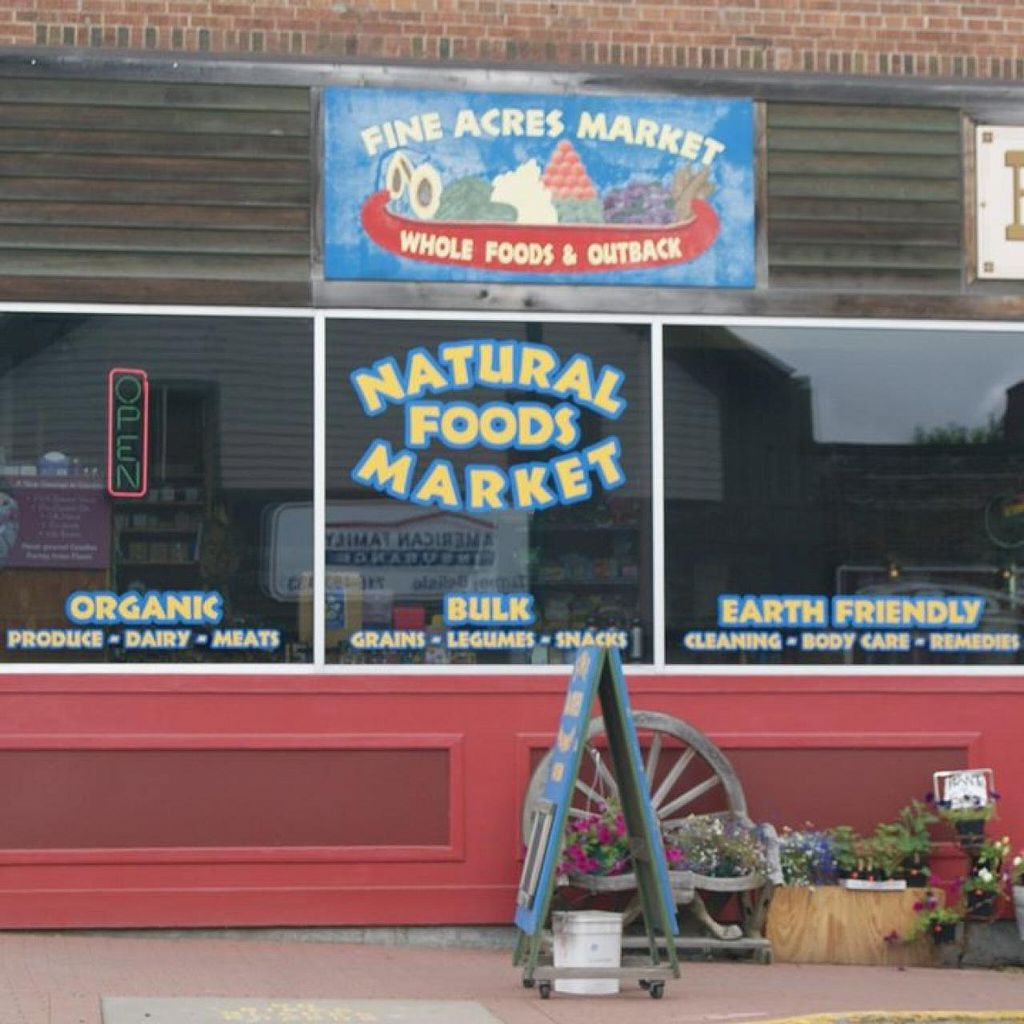 """Photo of Fine Acres Market  by <a href=""""/members/profile/community"""">community</a> <br/>Outside view <br/> March 28, 2014  - <a href='/contact/abuse/image/45736/66672'>Report</a>"""