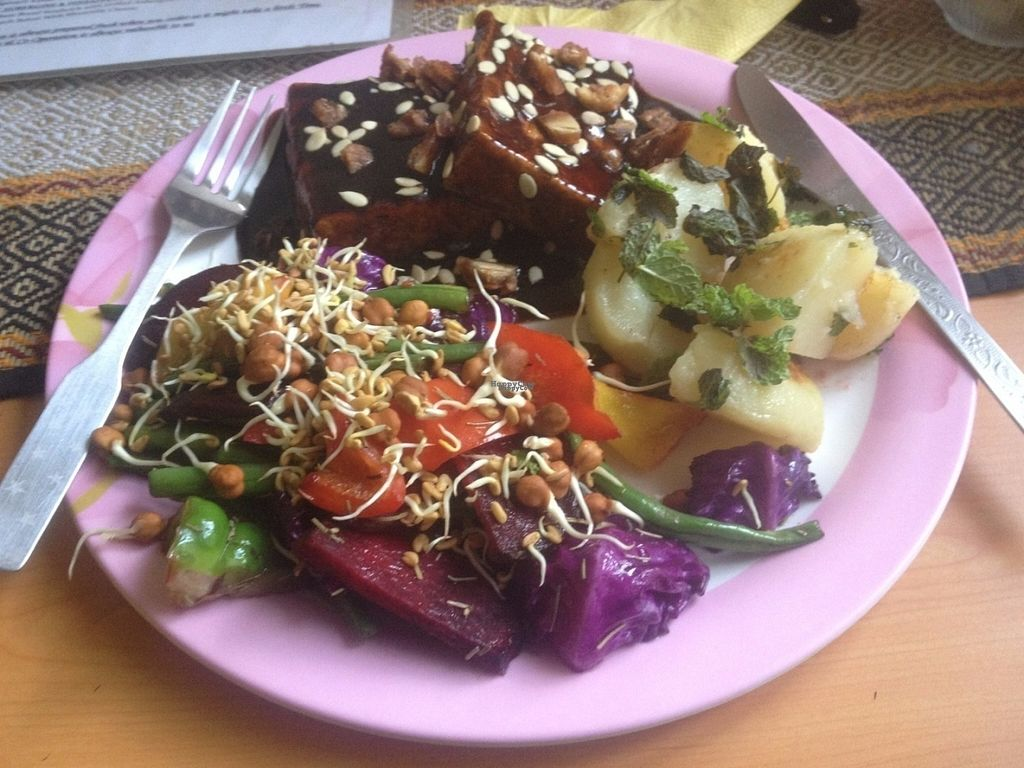 """Photo of Cafe Natures Blessing  by <a href=""""/members/profile/vegan_ryan"""">vegan_ryan</a> <br/>BBQ tofu, change to cubed potatoes (instead of mashed potatoes) to make the platter vegan <br/> October 1, 2016  - <a href='/contact/abuse/image/45786/178949'>Report</a>"""