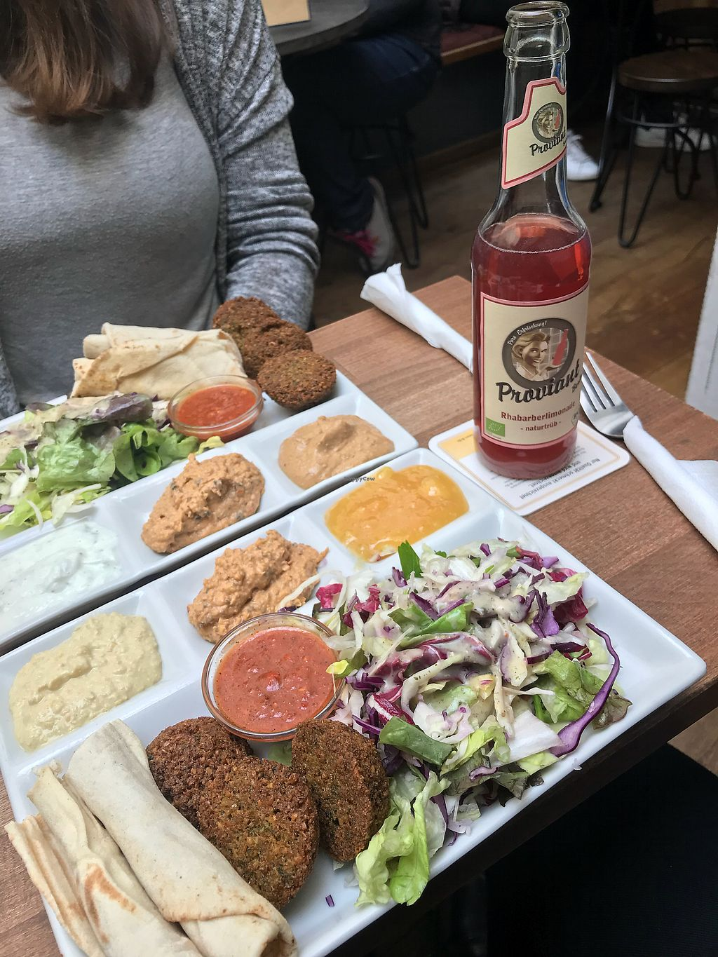 "Photo of Vegi  by <a href=""/members/profile/monizebn"">monizebn</a> <br/>Falafel plate (3 falafel balls, pita bread, salada, 3 dips of your choice and chili tomato sauce on request) <br/> March 26, 2018  - <a href='/contact/abuse/image/45790/376585'>Report</a>"