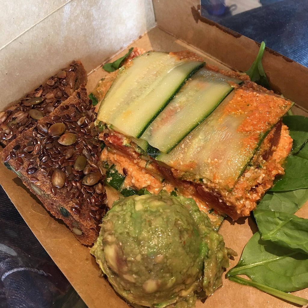 "Photo of 42 Degrees Raw  by <a href=""/members/profile/spirendeveganer"">spirendeveganer</a> <br/>Raw vegan lasagna <br/> August 21, 2017  - <a href='/contact/abuse/image/45929/295202'>Report</a>"