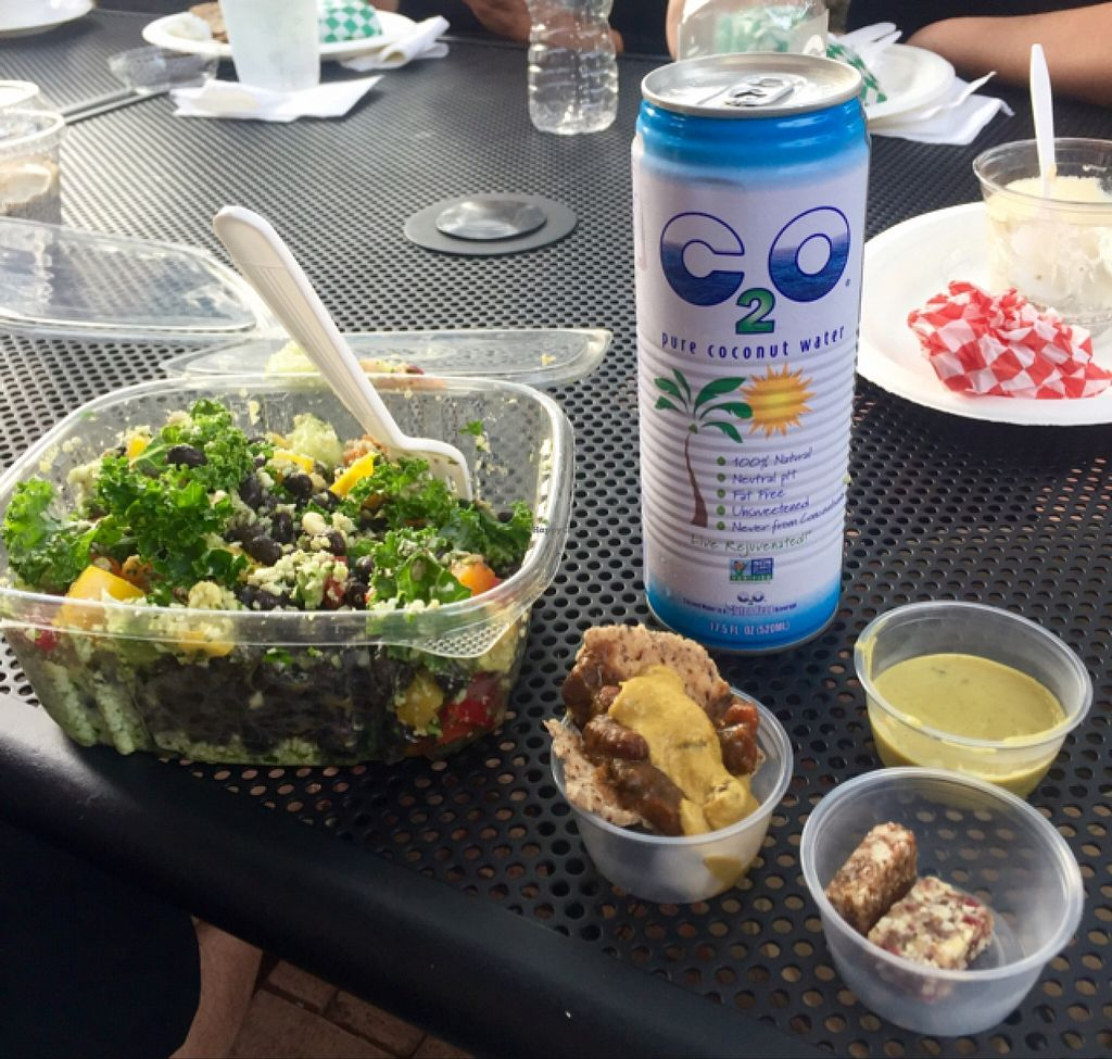 "Photo of Press'd - Plant Street Market  by <a href=""/members/profile/MattSpann1024"">MattSpann1024</a> <br/>Cauli Rice Bowl w/ Tasty Samples & Coconut Water  <br/> May 5, 2016  - <a href='/contact/abuse/image/45976/147580'>Report</a>"