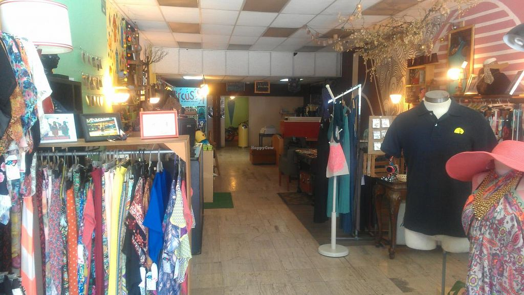 """Photo of CLOSED: Nierika Artesanal  by <a href=""""/members/profile/kenvegan"""">kenvegan</a> <br/>inside store <br/> August 18, 2014  - <a href='/contact/abuse/image/45977/77349'>Report</a>"""