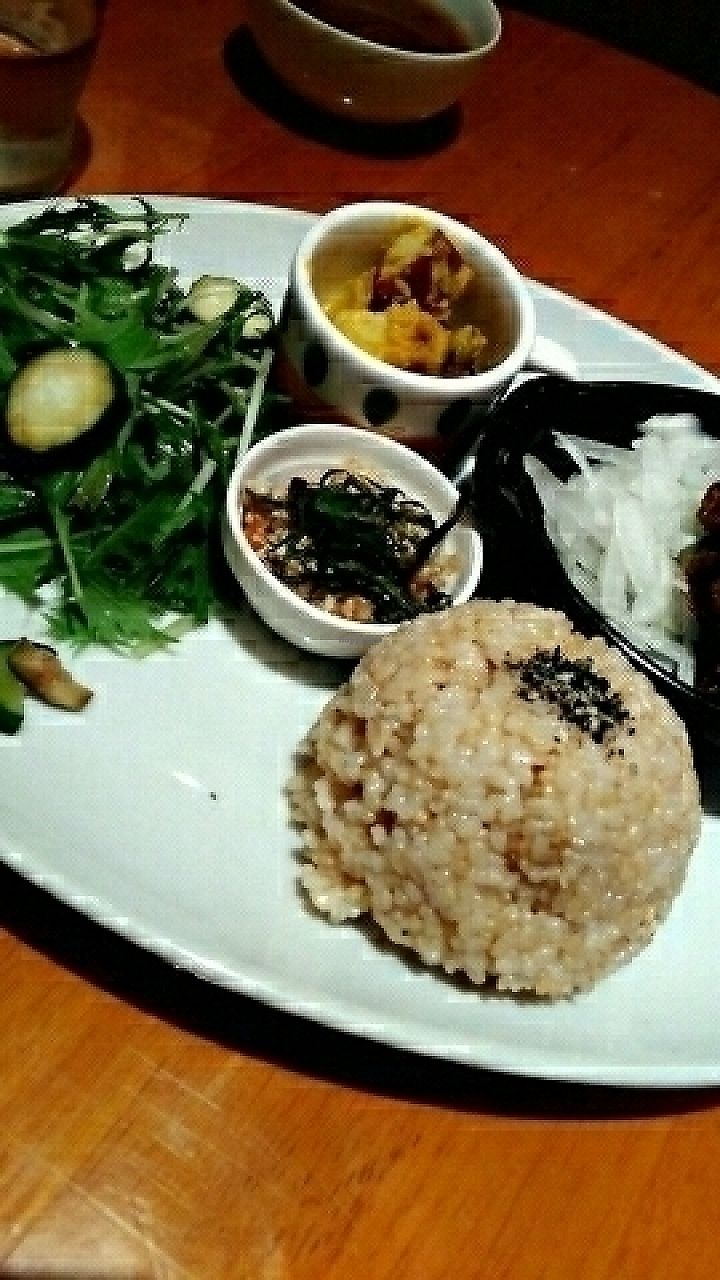"""Photo of CLOSED: From Earth Cafe OHANA  by <a href=""""/members/profile/Koifish724"""">Koifish724</a> <br/>lunch plate <br/> August 5, 2016  - <a href='/contact/abuse/image/46043/284551'>Report</a>"""