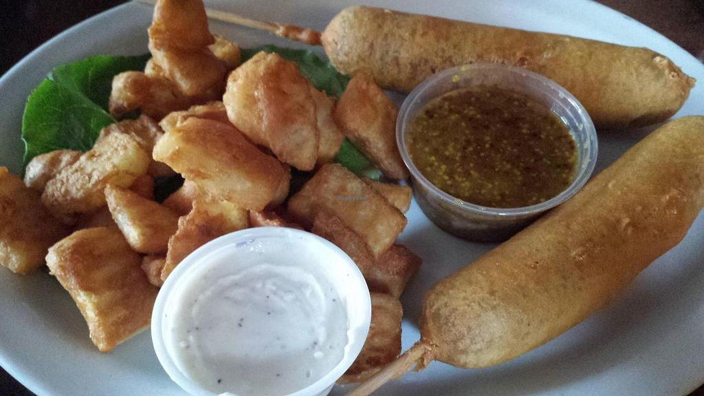 Photo of Piper Down Pub  by Navegante <br/>Vegan corn dogs with vegan ranch, Nov 2014 <br/> November 19, 2014  - <a href='/contact/abuse/image/46077/86029'>Report</a>