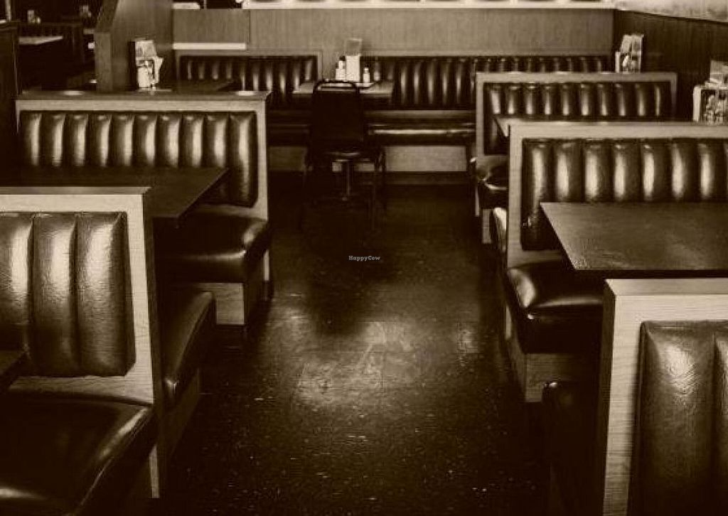 "Photo of Blue Jay Restaurant  by <a href=""/members/profile/community"">community</a> <br/>Dining area <br/> April 15, 2014  - <a href='/contact/abuse/image/46083/67699'>Report</a>"