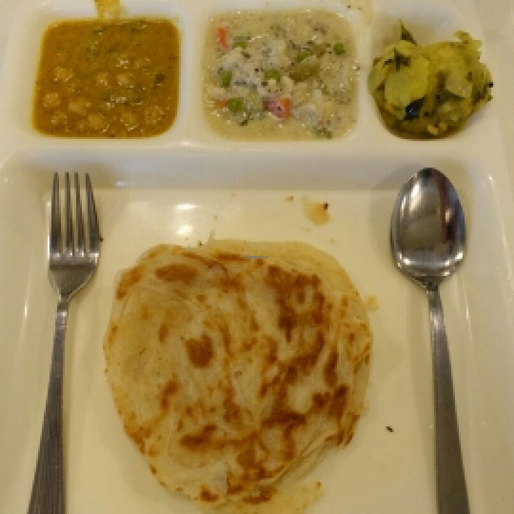 """Photo of Saravana Bhavan - Tanjong Pagar  by <a href=""""/members/profile/JimmySeah"""">JimmySeah</a> <br/>2 pieces of Prata set <br/> April 16, 2016  - <a href='/contact/abuse/image/46119/144932'>Report</a>"""