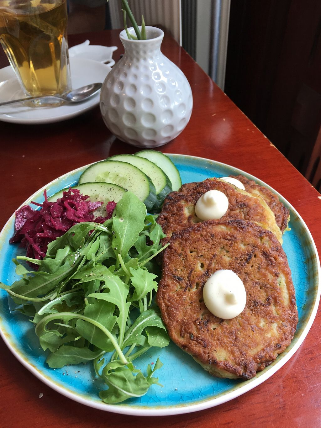 """Photo of Koffie ende Koeck  by <a href=""""/members/profile/vegan%20frog"""">vegan frog</a> <br/>Glutenfree zucchini pancakes <br/> July 1, 2017  - <a href='/contact/abuse/image/46128/275694'>Report</a>"""